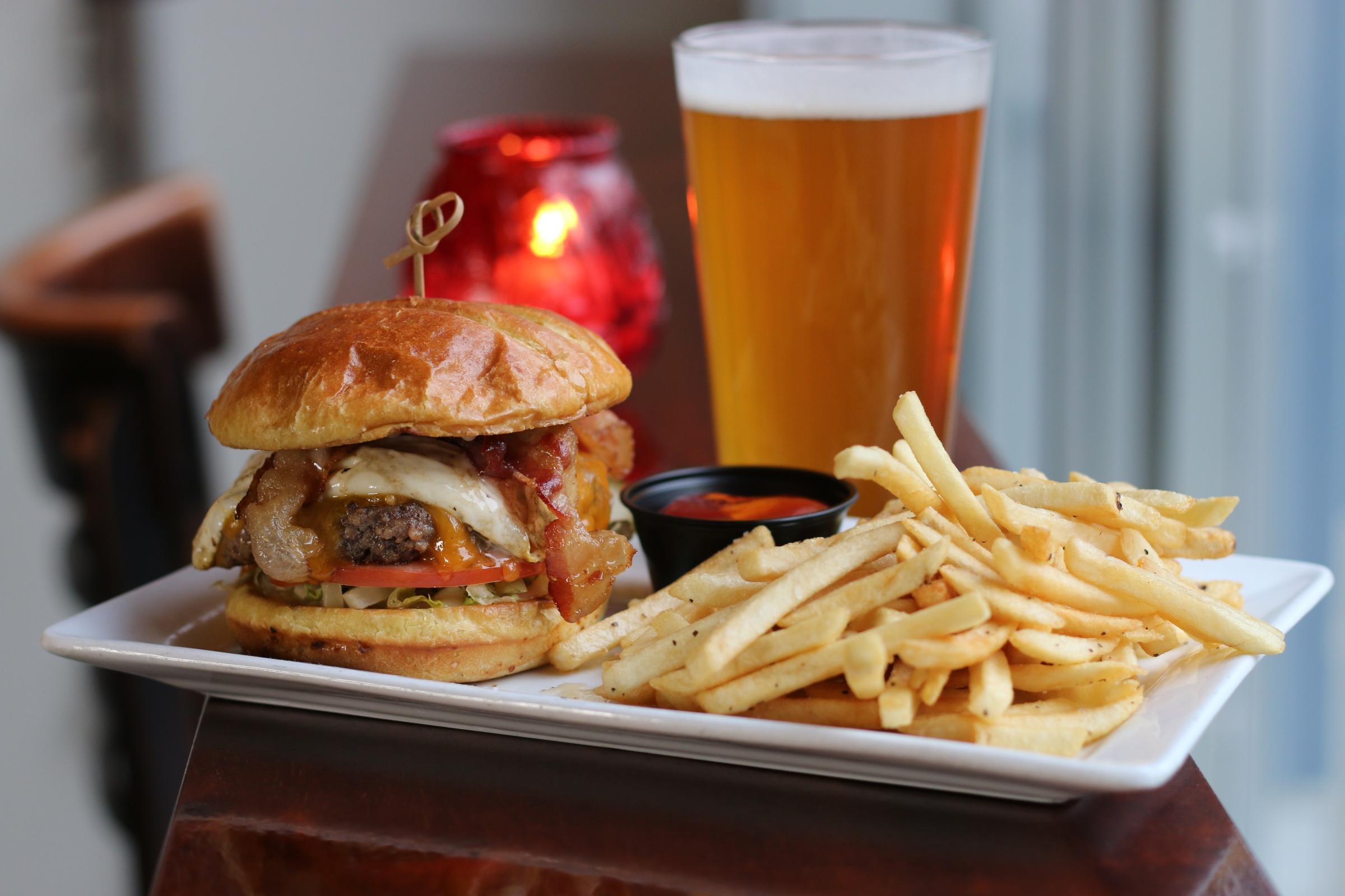 tar bar burger